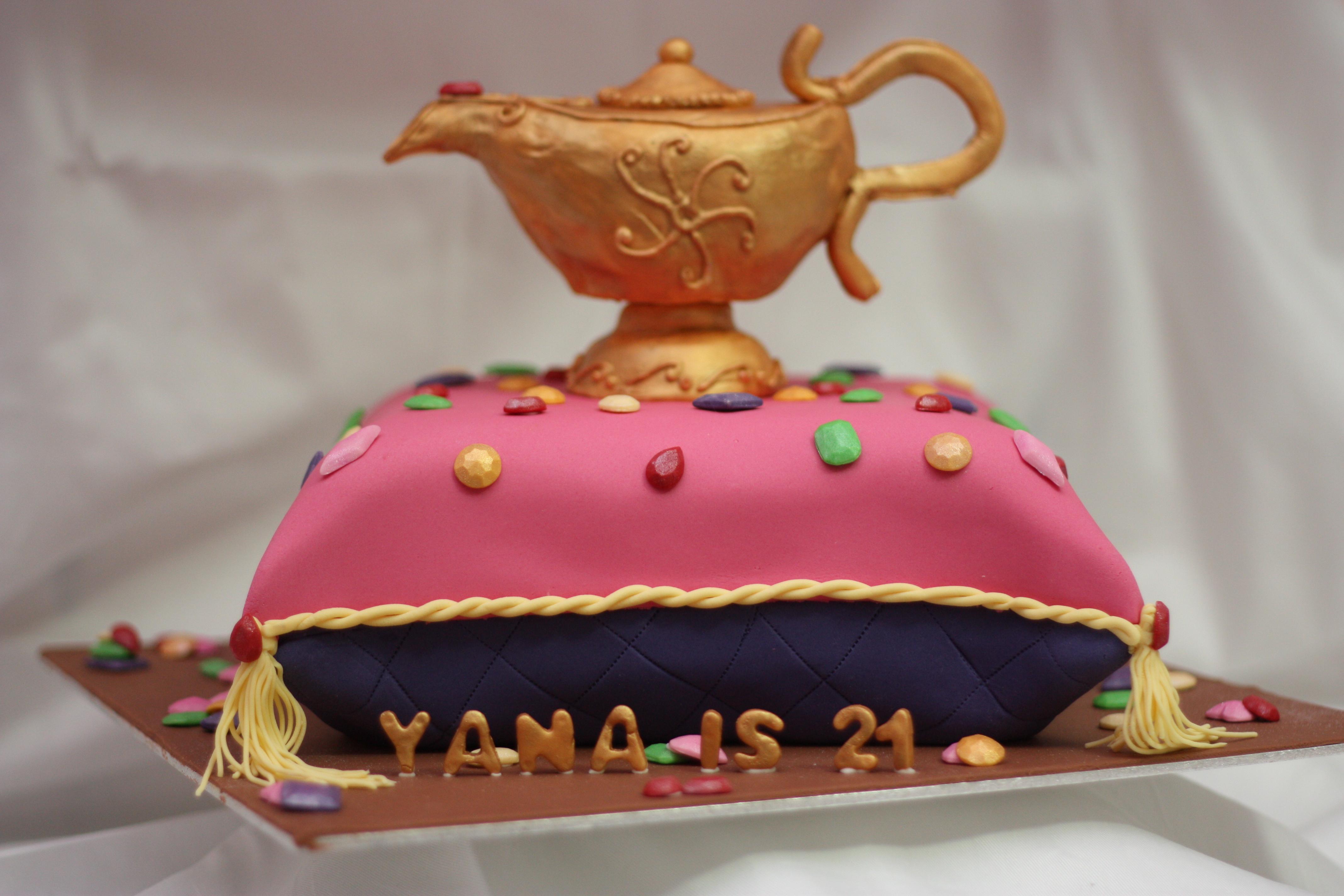 Arabian cake cum aladdin cake opulent cakes for all for Arabian cake decoration